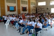 Dona Maricotinha faz apresentação surpresa em Içara