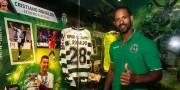 Ángel Dennis renova com o Sporting de Portugal para nova temporada