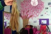 Cabelos e lenços são arrecadados na Campanha Outubro Rosa