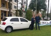 Secretaria de Desenvolvimento de Jacinto Machado recebe carro novo