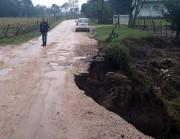ICR-453 em Sanga Funda tem trânsito bloqueado devido a erosão