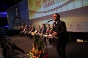 Colombo destaca compromisso de não aumentar impostos