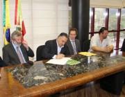 Colombo libera R$ 1,2 milhão do Fundam para quatro municípios