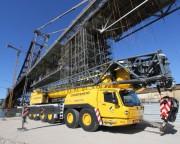 Ponte Hercílio Luz recebe equipamento para montagem da última grua