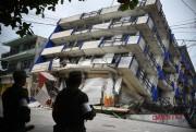 Peña Nieto anuncia ações para reconstruir México após terremoto
