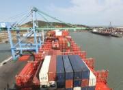 Nova rota de navios da Ásia dobra movimentação de contêineres