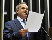 Deputado catarinense lidera movimento contra Fundão Partidário