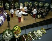 Governador Moreira presta última homenagem a Konder Reis