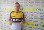 Criciúma Esporte Clube apresenta meio campista Jocinei