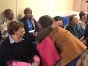 Jovens missionários levam música e abraços ao HSJosé