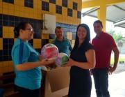 Escolas municipais recebem kits esportivos da Fesporte