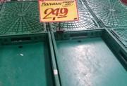 Supermercados já estão sem produtos perecíveis nas prateleiras