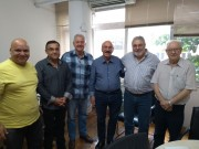 Mota recebe garantia de retomada das obras na Serra do Faxinal