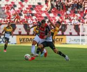 Criciúma vence Joinville fora de casa e enfrenta o Marcílio Dias