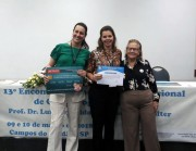 Professora do curso de Odontologia da Unesc tem trabalho premiado