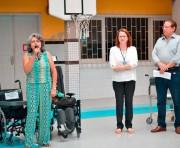 Apae recebe doação  de cadeiras de rodas