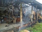 Moedor de arroz pega fogo em Criciúma