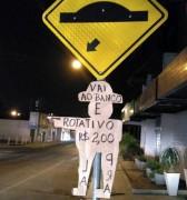 Placa indicativa para estacionamento rotativo