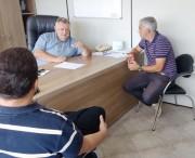 Vereador Flávio  Felizardo visita Vilmar Boneti na Casan