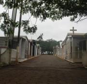 Donos de lotes em cemitérios são convocados