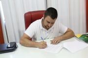 Michels assina decreto que cria Conselho Participativo Municipal