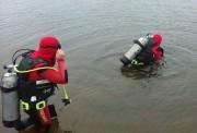 Mergulhadores suspendem buscas por viatura em Rincão