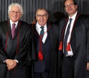 Ministro catarinense toma posse como titular no TSE