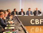 Tigre participa de reunião com presidente da FIFA