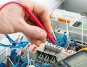 Senai oferece curso gratuito de eletricista predial