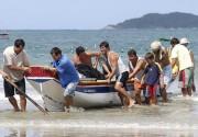 Pescadores de Rincão capturam bons lanços de tainha