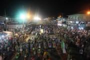 Desfiles dos blocos leva milhares no Balneário Rincão