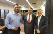 Alex Michels entrega projeto ao Governador Colombo