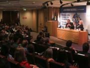 Colombo apresenta SC em Fórum que discute os desafios da economia