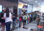Cinema 3D diverte crianças de Balneário Rincão