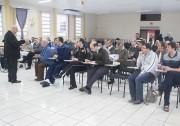Padres dedicam semana em retiro espiritual em Criciúma