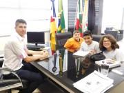 Estudantes do Colégio Extensão X visitam à Câmara de Vereadores