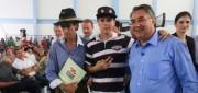 Produtores recebem documentos para regularização de terras