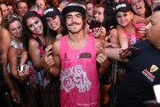 Caio Castro e Jesus Luz são destaques no sábado de carnaval