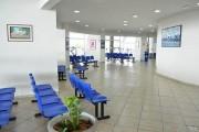 Exibição de TVs públicas em salas de espera