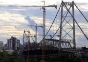 Transferência de carga da Ponte Hercílio Luz dia 11