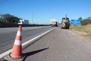 DNIT/SC faz trabalhos sobre pistas da BR-101 no Morro do Formigão