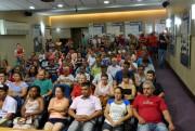 Moradores recebem escrituras da Prefeitura de Criciúma