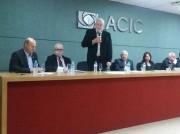 Magagnin participa de ciclo de debates durante Seminário