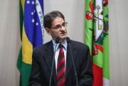Saretta pede medidas urgentes para resolver embargo de frango