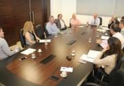 Grupo discute uso de ata de preços de medicamentos
