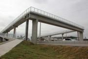 Última passarela em construção na BR-101 é liberada aos pedestres