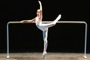 Bailarinas são pré-selecionadas para o Balé Bolshoi