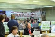 Comunidade lota Plenário para reivindicar melhorias