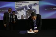 Governador inaugura Centro de Engenharia e Tecnologia