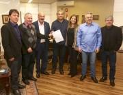 Moreira garante empenho na solução do impasse da obra da SC-442